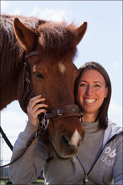 Ich mit meinem Islandpferd Eldur (Foto von Anne Büchner)
