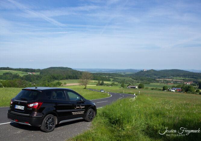 Jessica Freymark on Tour Auto in der Rhön